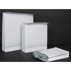 Pochettes blanches à rabat et fermeture adhésive